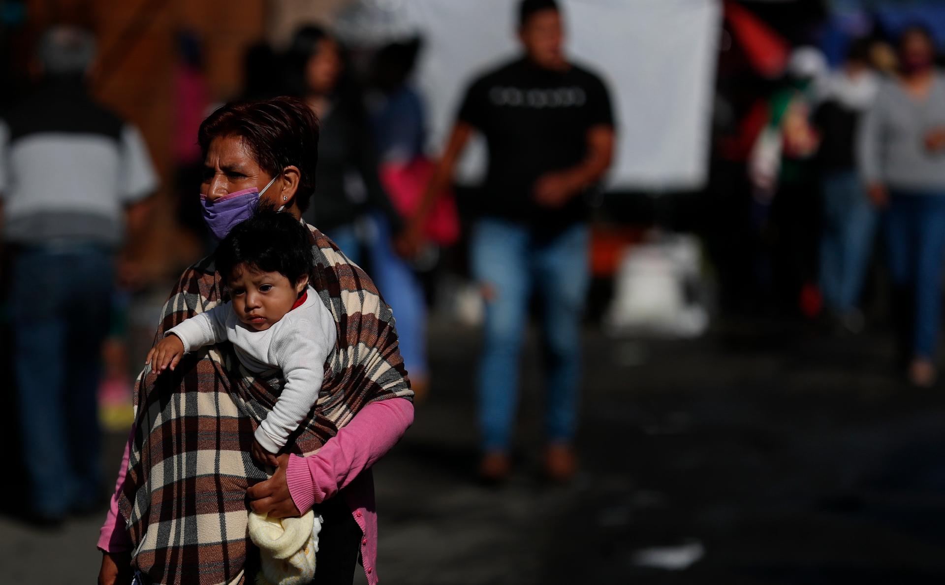 Мексика вошла в тройку лидеров по числу умерших от коронавируса