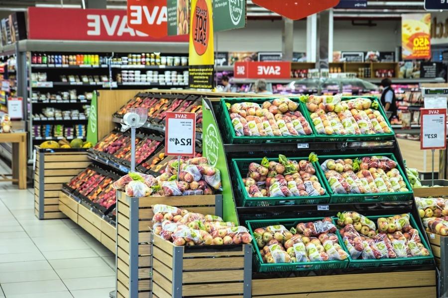 Российские торговые сети начали отказываться от новых магазинов
