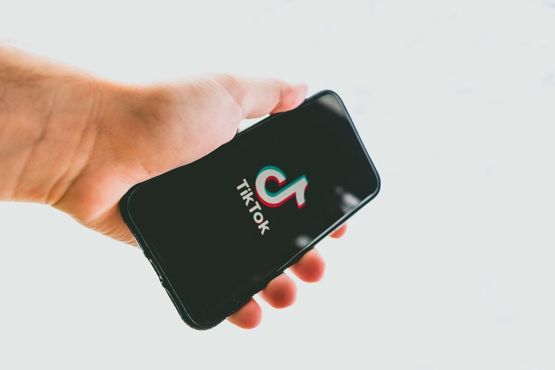Владельцы TikTok согласились продать часть бизнеса из-за угрозы запрета соцсети в США