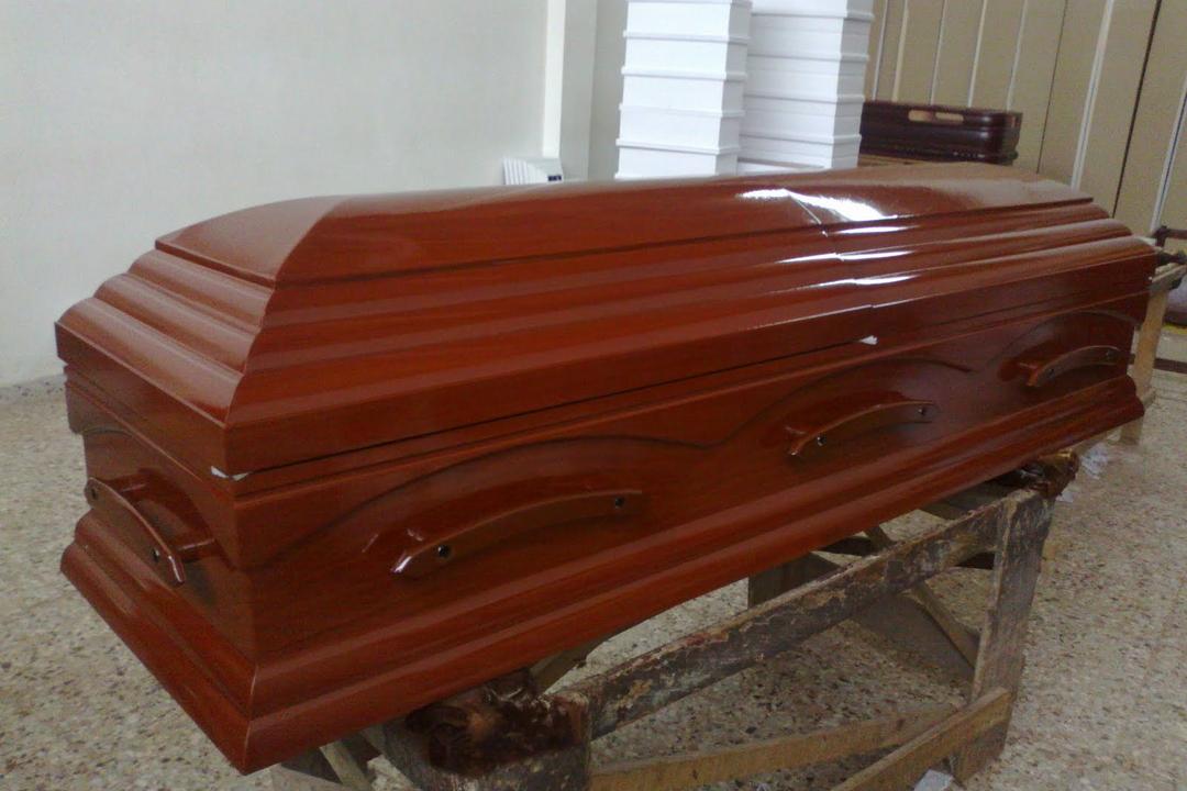 Двое бизнесменов из Уфы устроили похороны своего бизнеса