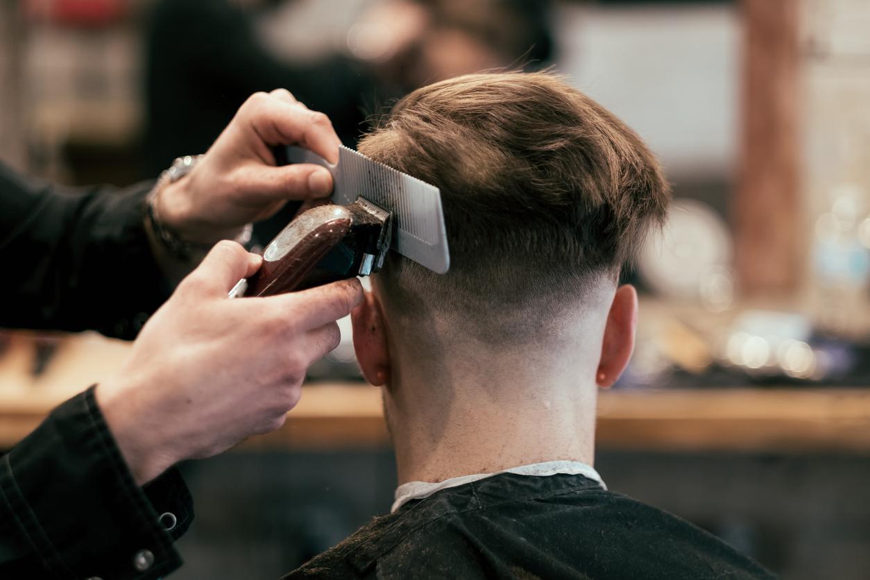 Названо условие для открытия парикмахерских в Москве