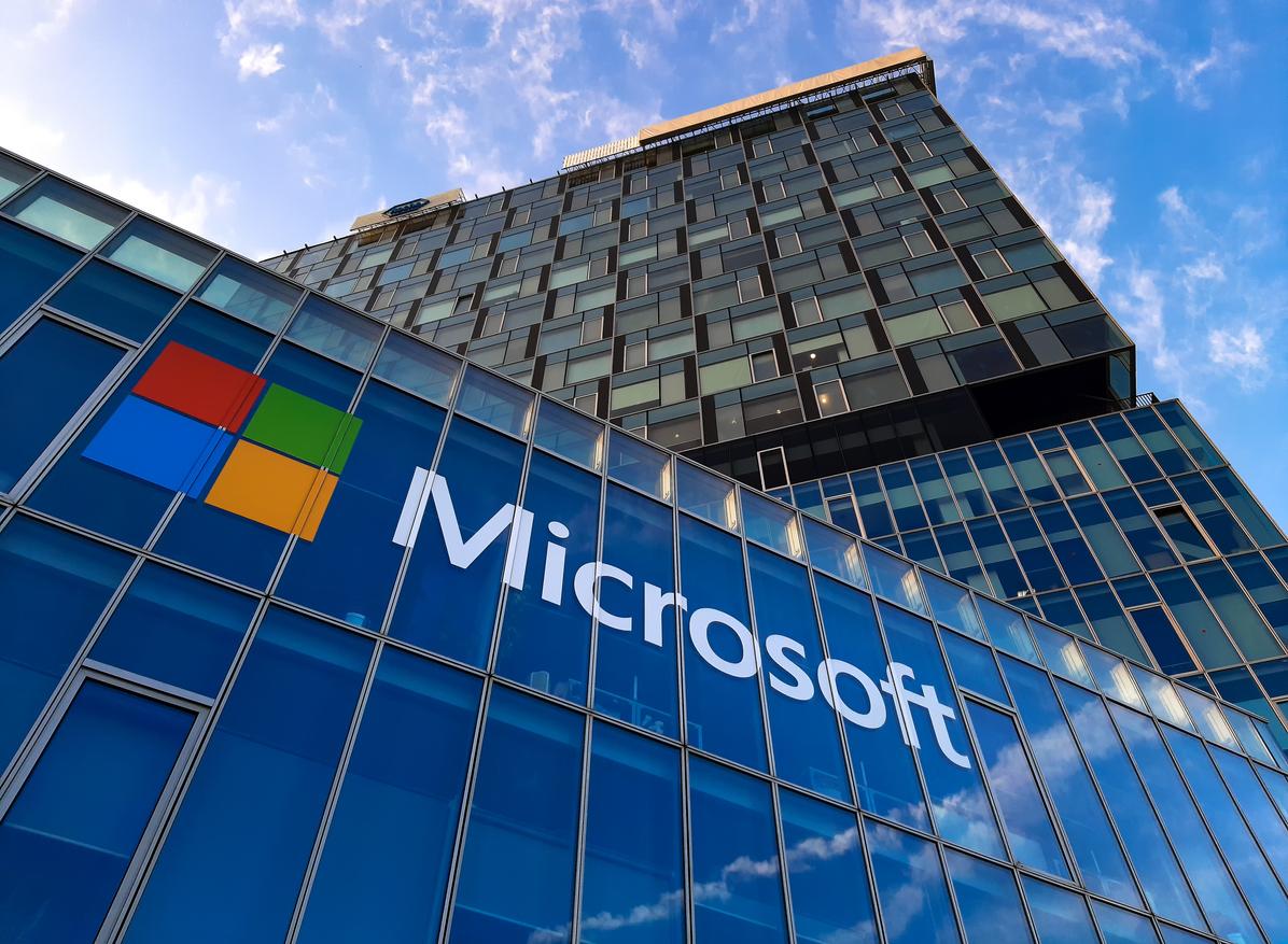 Microsoft и LinkedIn запустят бесплатные образовательные курсы для потерявших работу из-за пандемии