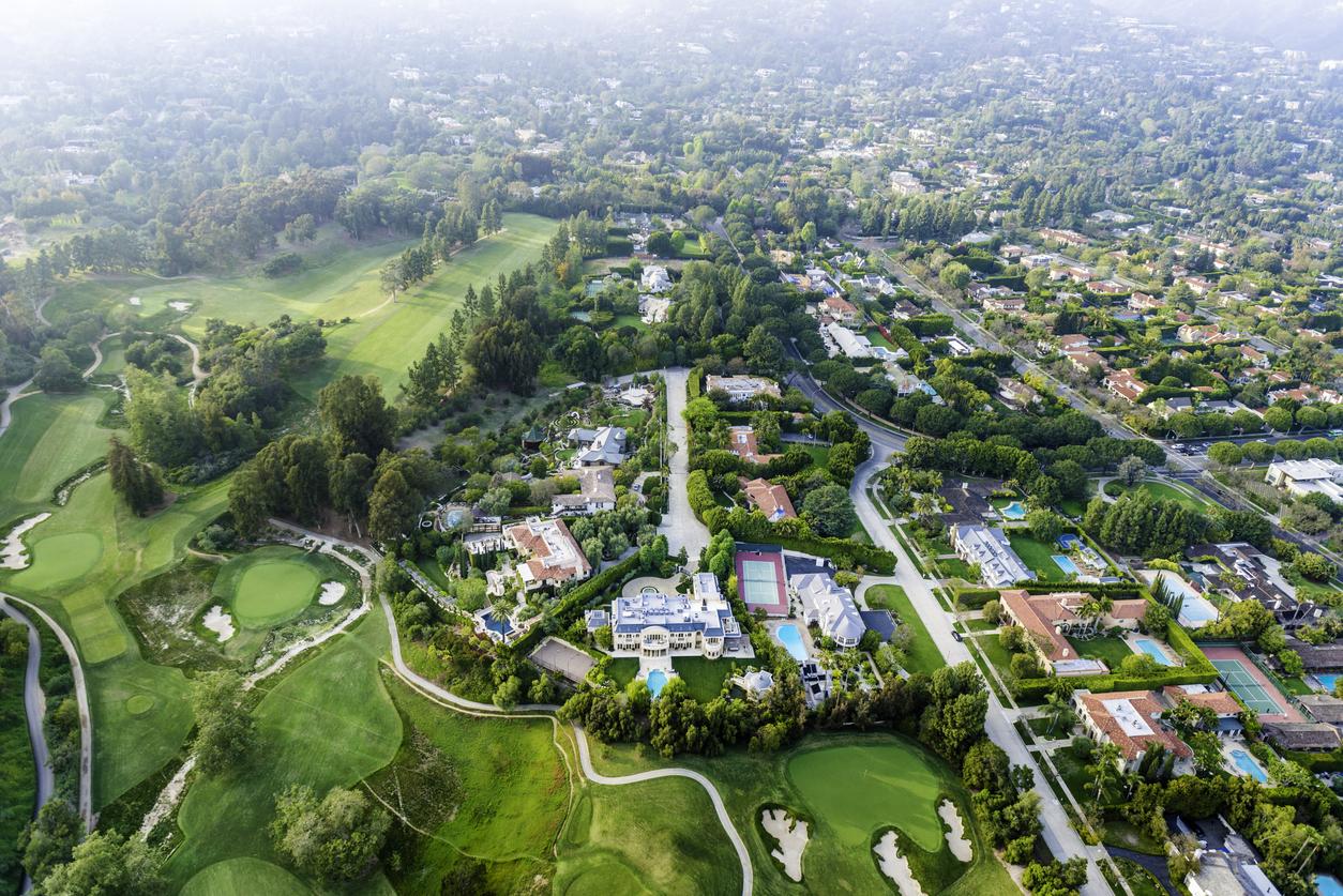 Илон Маск продал дом в Лос-Анджелесе за $29 млн