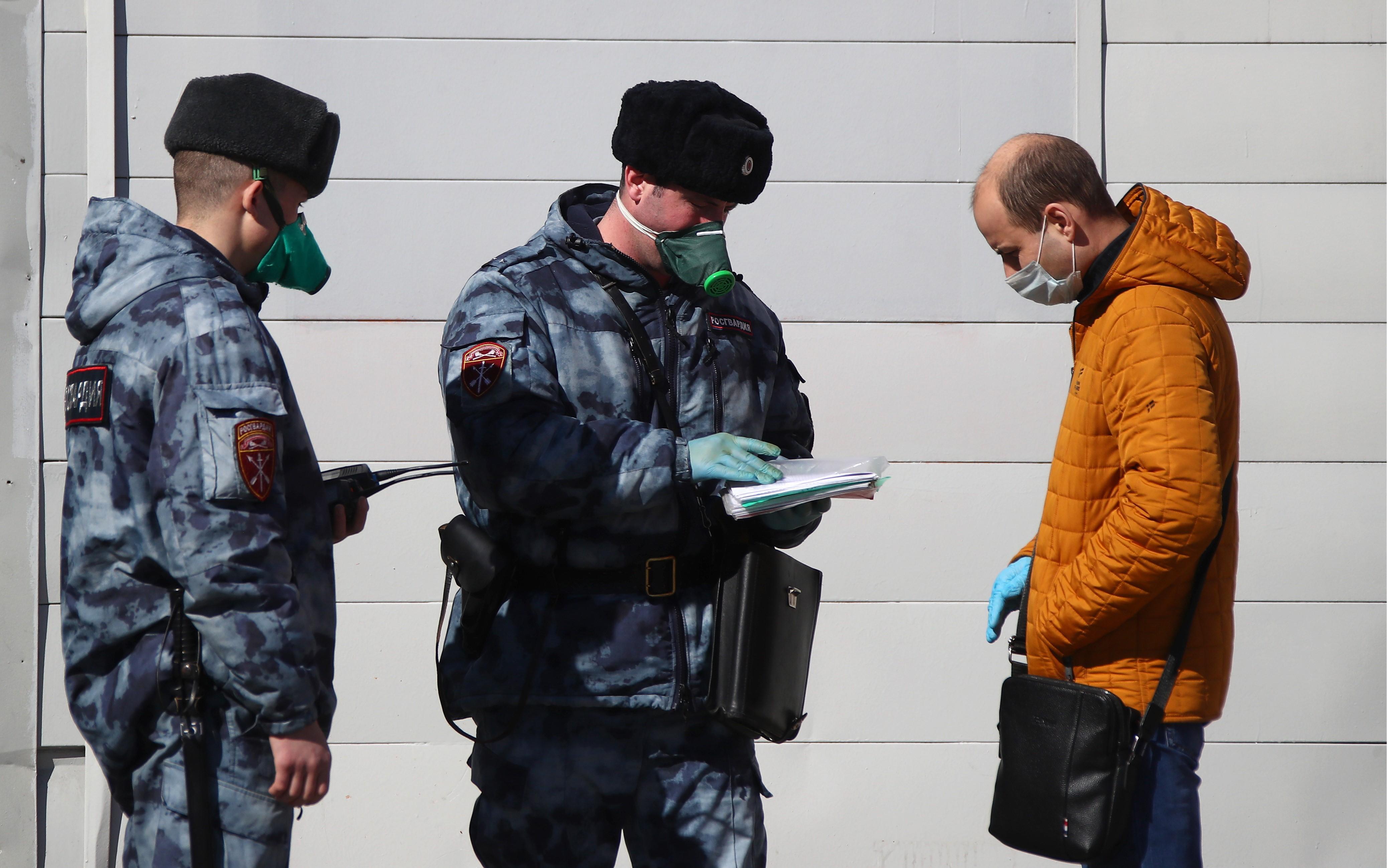 В Кузбассе вводят электронные пропуска
