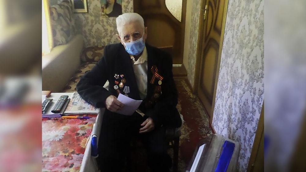 'Я за мир'. В Курской области 96-летний ветеран ВОВ проголосовал по поправкам в конституцию