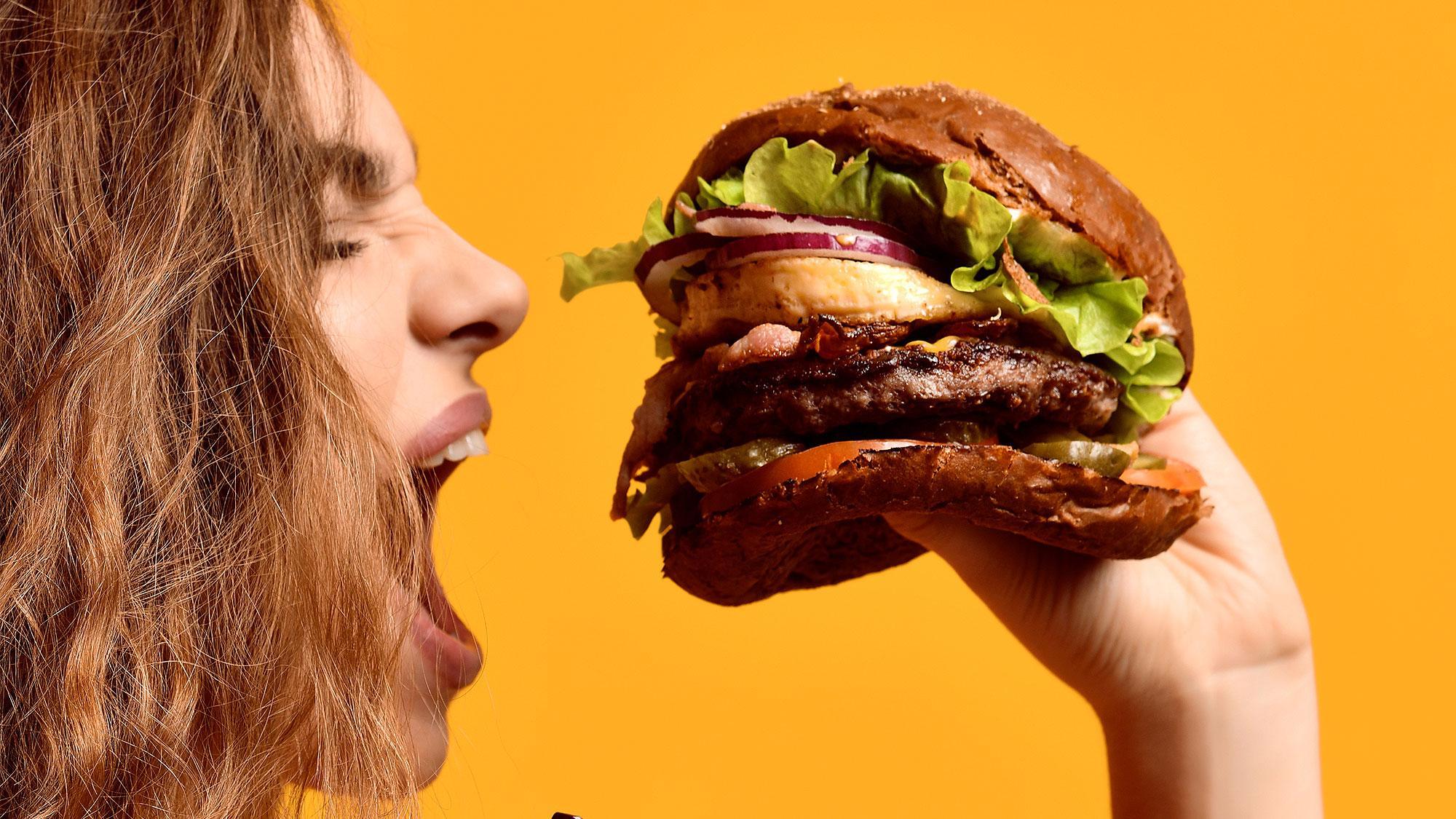 Можно порвать рот. Самые дорогие и самые большие бургеры в мире