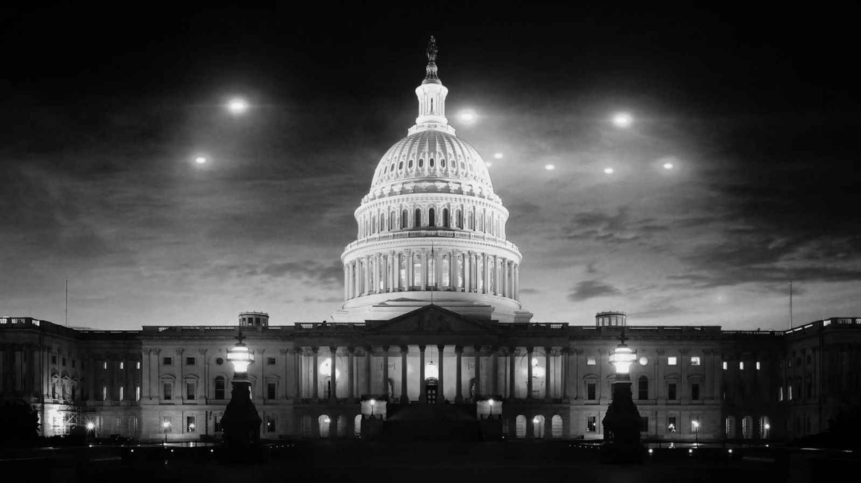 НЛО над Белым домом. Почему Вашингтон засекретил инцидент, свидетелями которого стали тысячи американцев