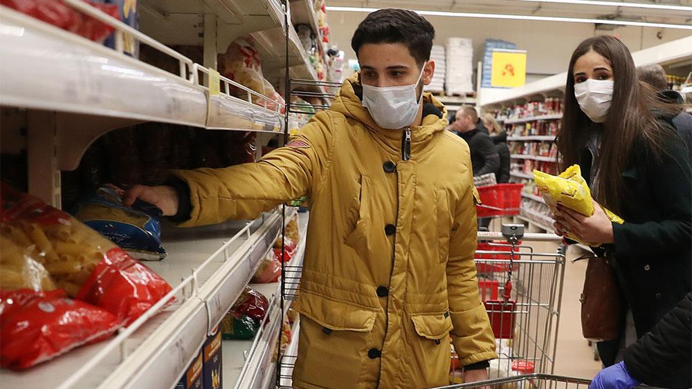 Вторая волна коронавируса? 'Пятёрочка' и 'Перекрёсток' ужесточают масочный режим из-за риска закрытия магазинов