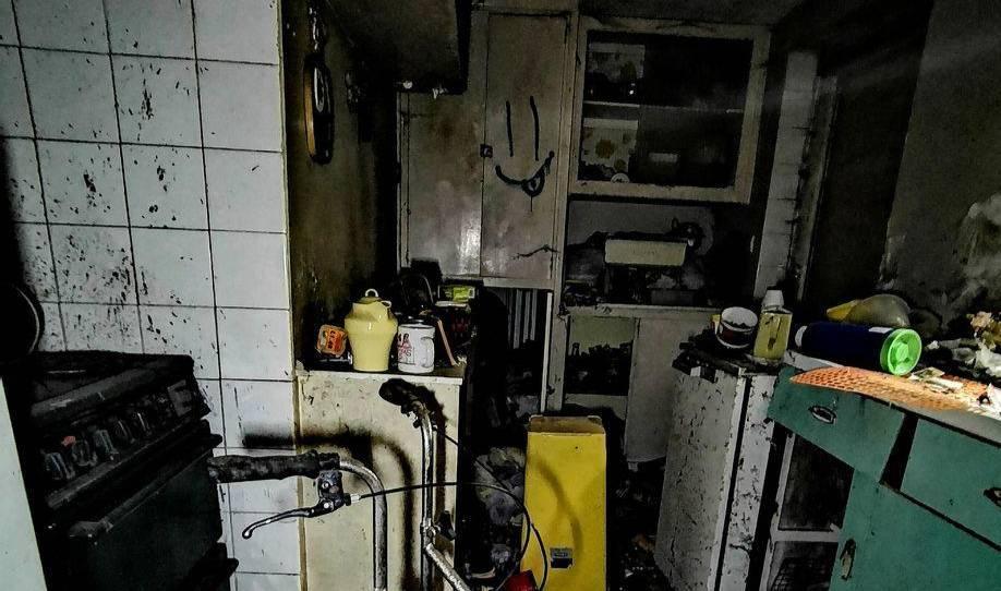 Хозяйка этого 'дома печали' умерла 17 лет назад, и с тех пор здесь никто не жил: 10 фото