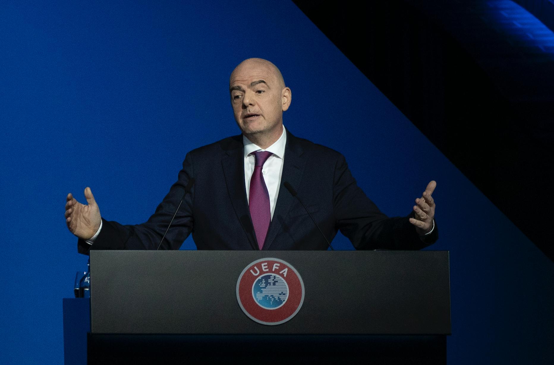 Инфантино останется главой ФИФА, несмотря на разбирательство