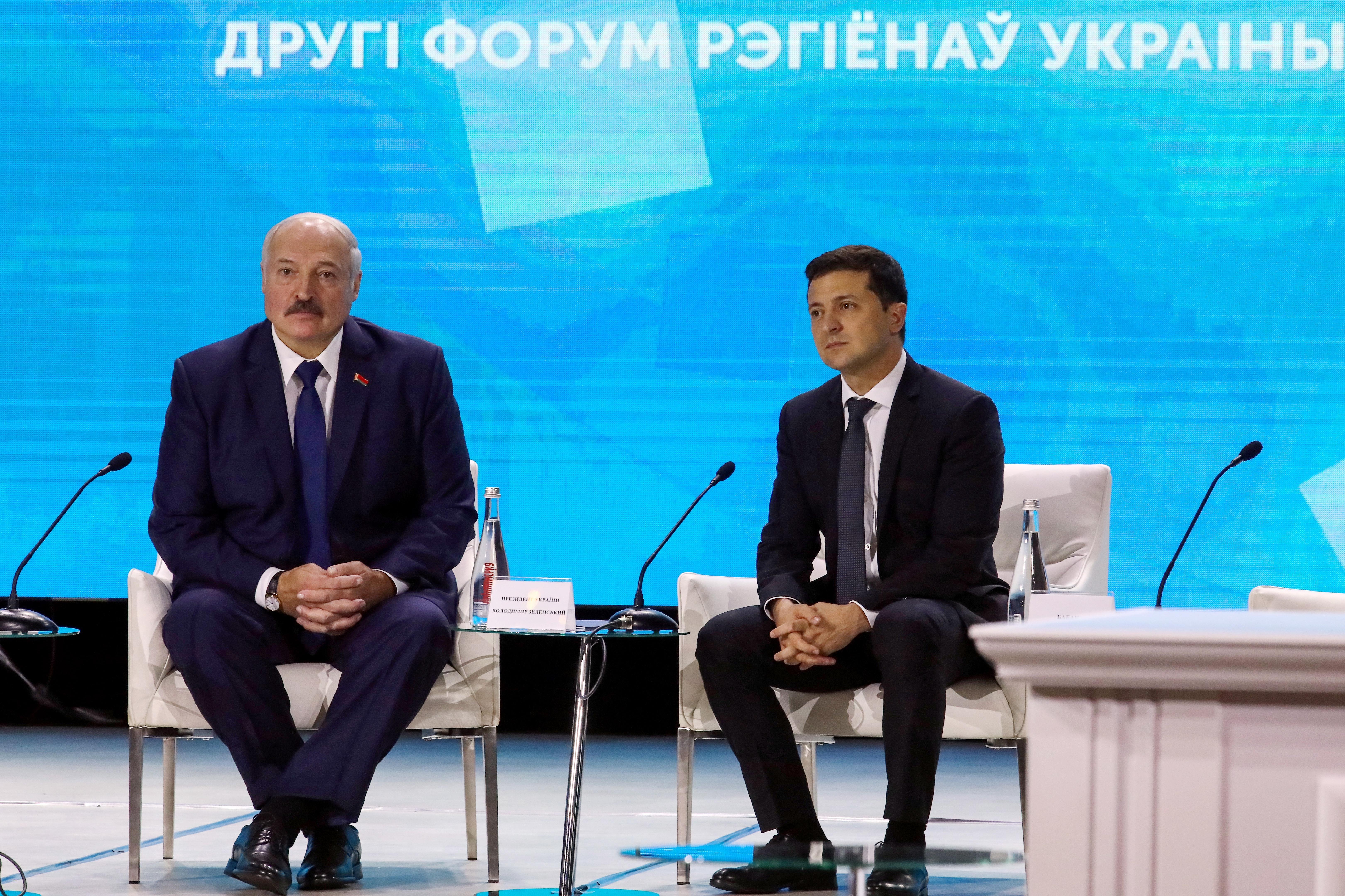 Зеленский заявил, что Лукашенко нужно провести повторные выборы президента Белоруссии