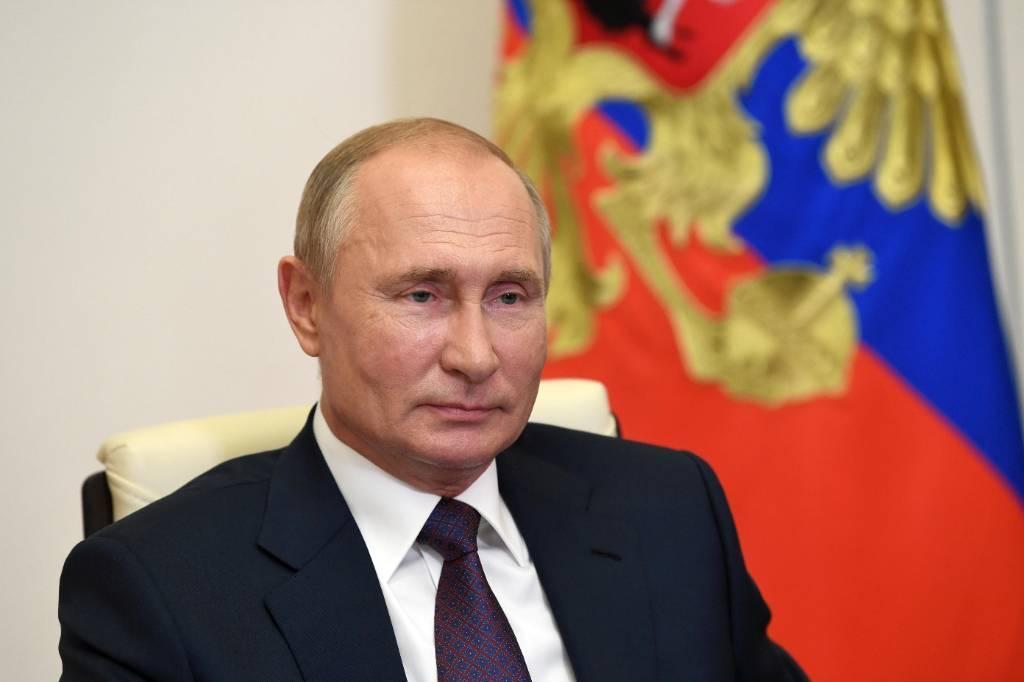 Путин поздравил главу Южной Осетии с Днём Республики