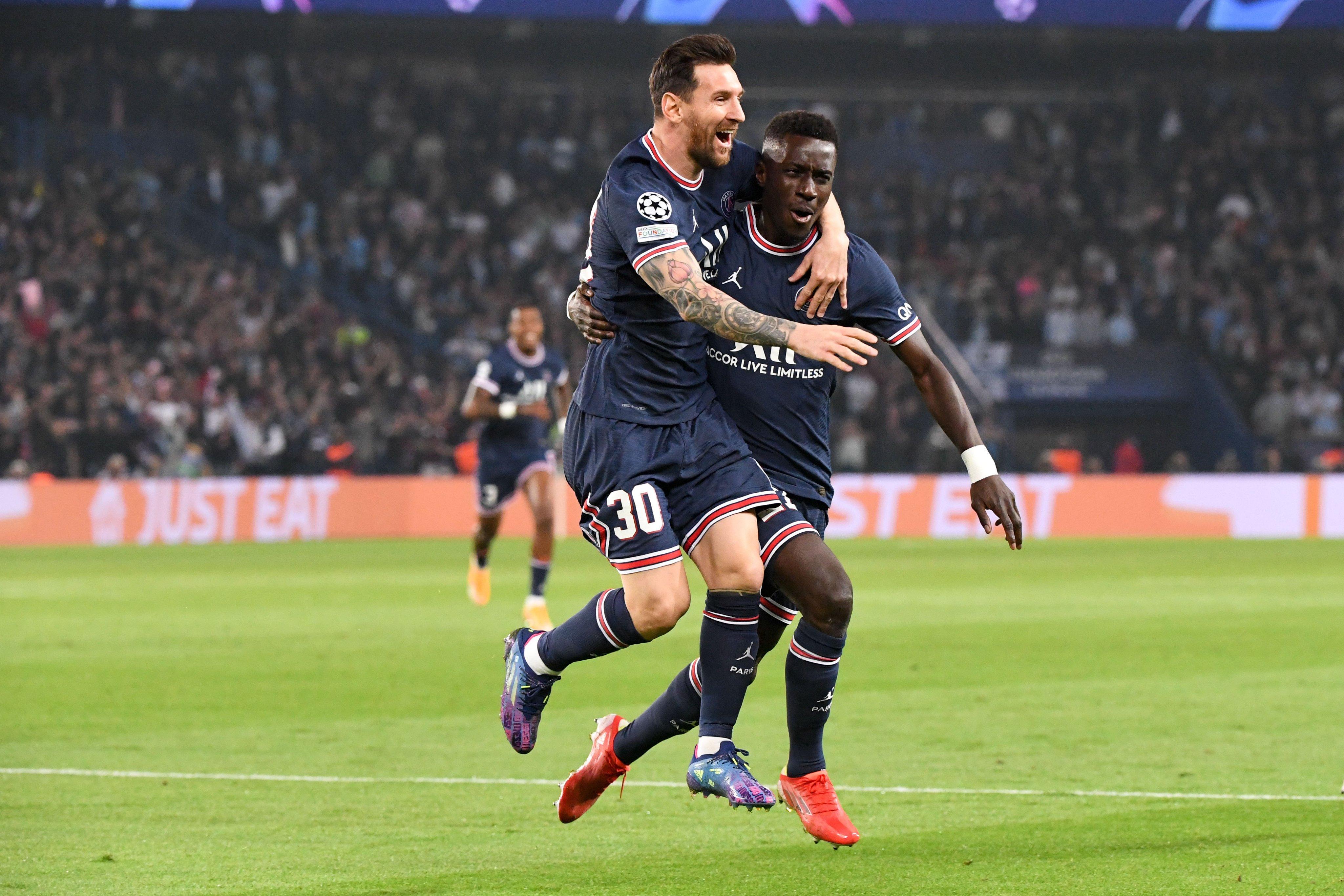 Месси забил первый гол в составе 'Пари Сен-Жермен'