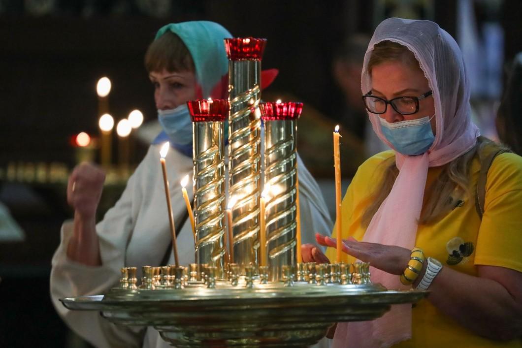РПЦ раскололась по вопросу вакцинации от коронавируса: российской прививке не верит патриарх Кирилл